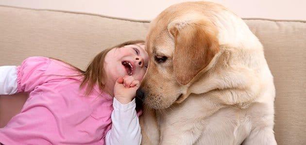 nina-discapacidad-con-perro-p